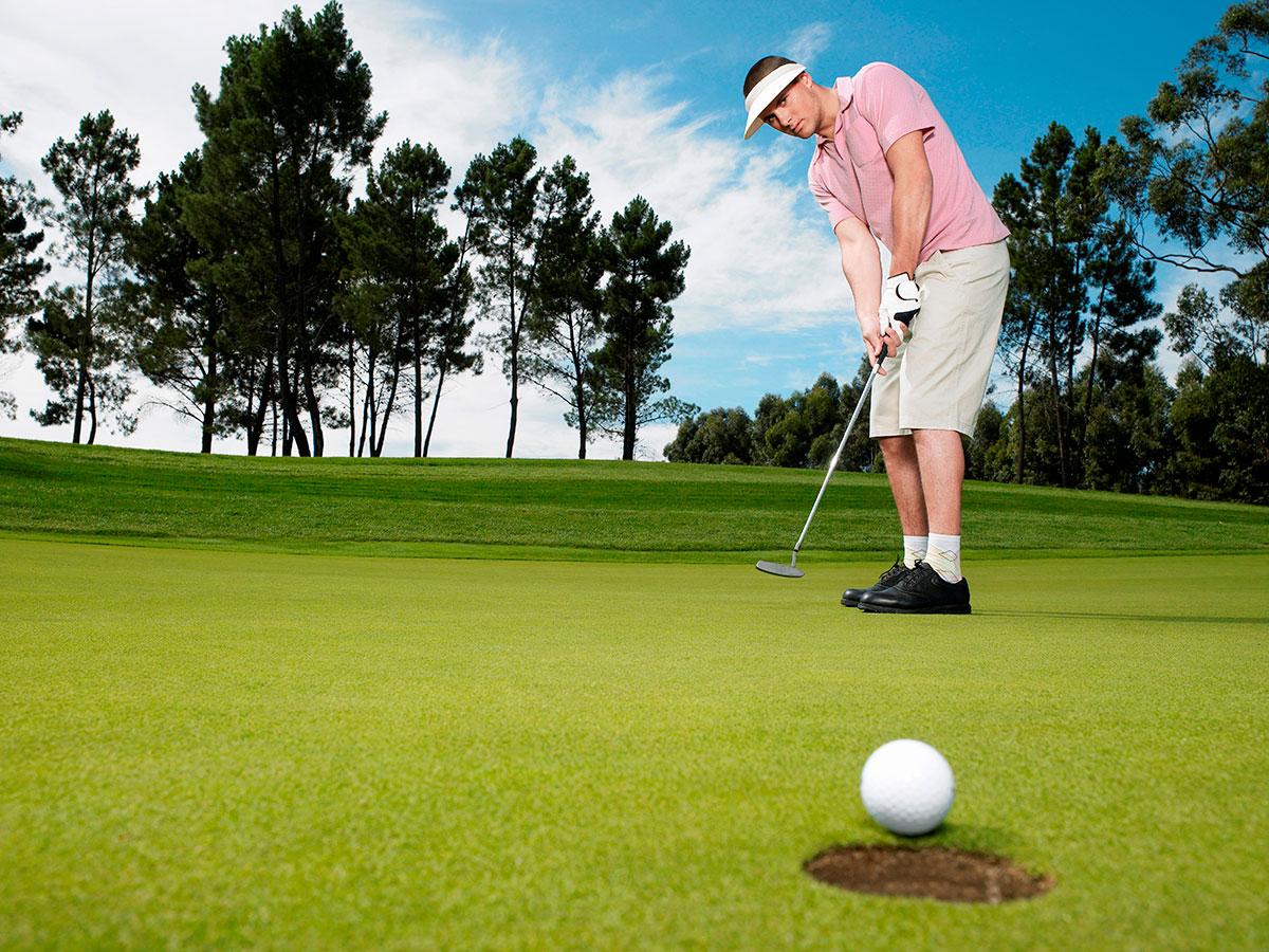 cac-cu-danh-co-ban-trong-golf-ma-nguoi-nhap-mon-can-nam-vung