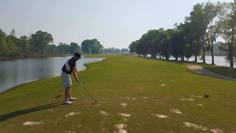 hieu-the-nao-cho-dung-quy-tac-su-dung-bong-du-phong-trong-golf