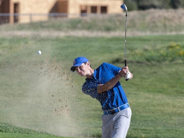 dung-de-nhung-dieu-nay-lam-ban-buc-minh-khi-choi-golf