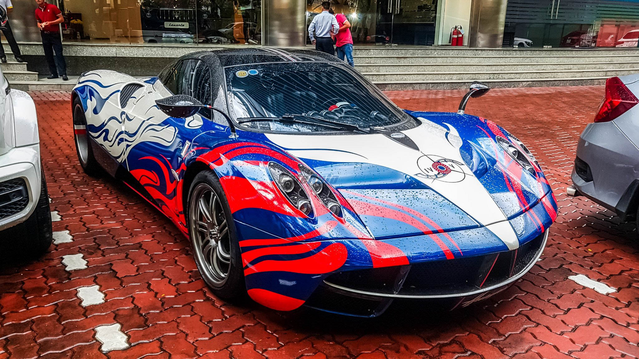 paganihuayra-cafeautovn-1
