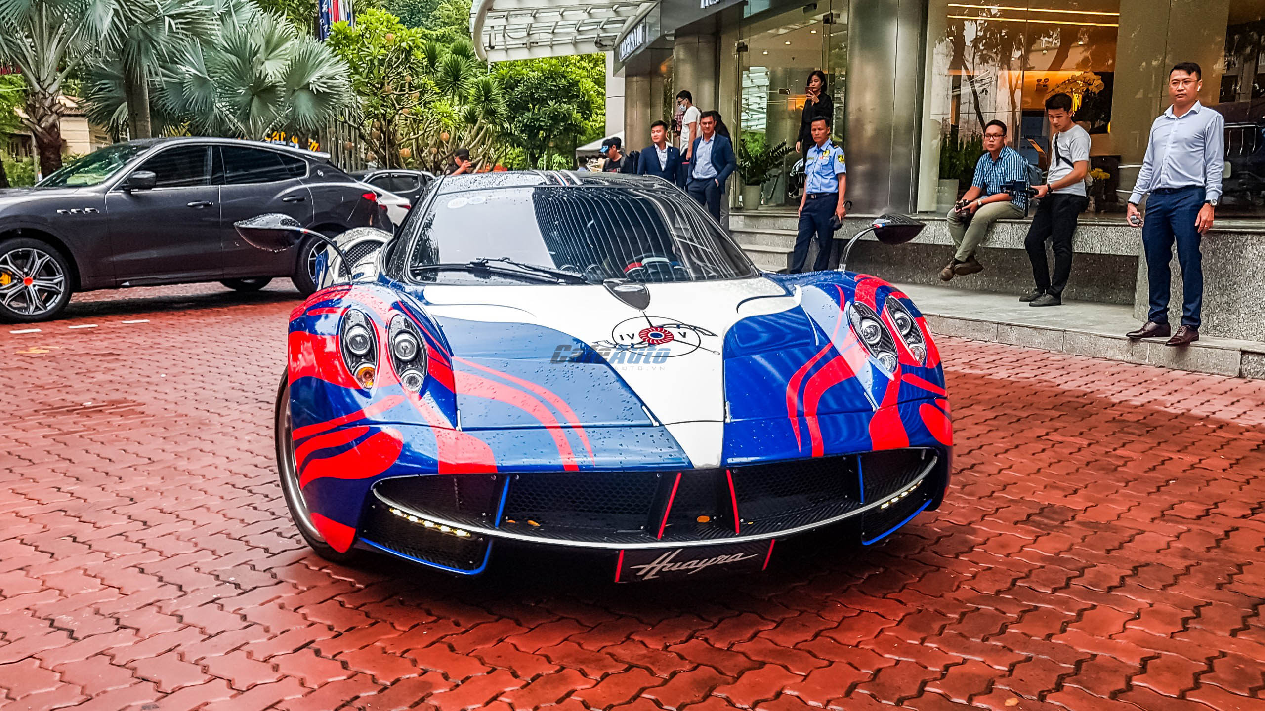 paganihuayra-cafeautovn-10