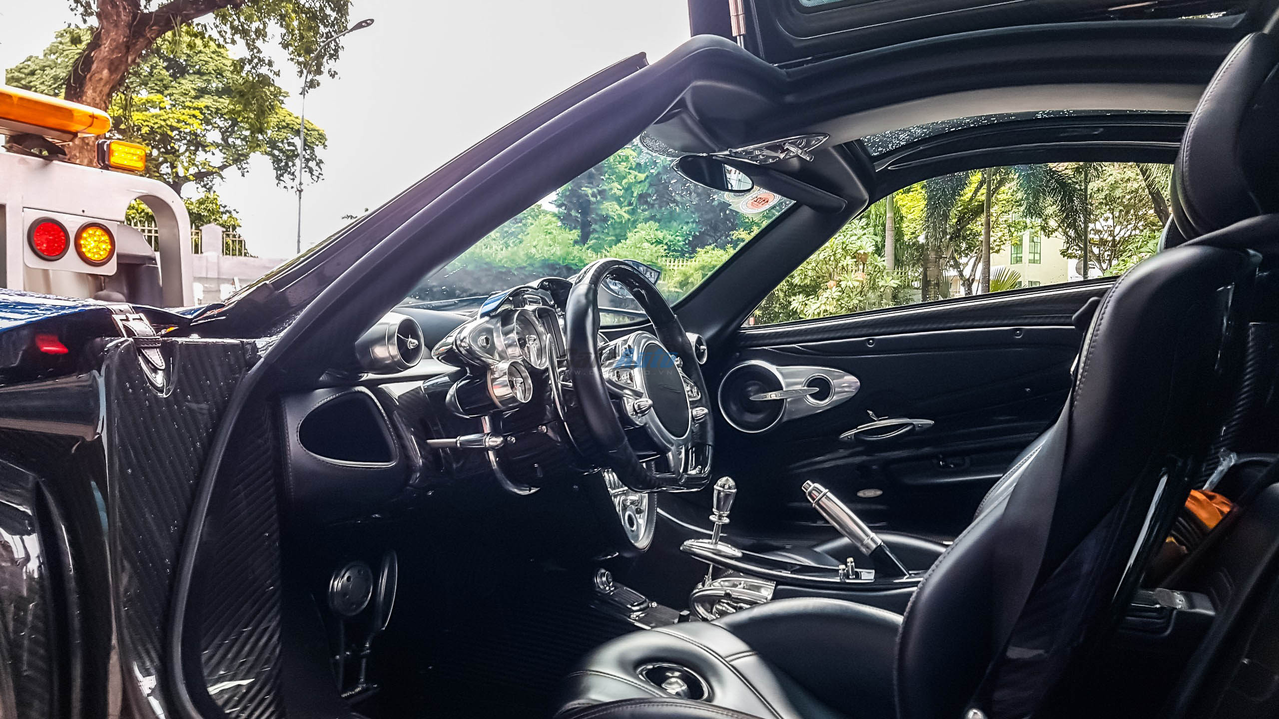 paganihuayra-cafeautovn-26