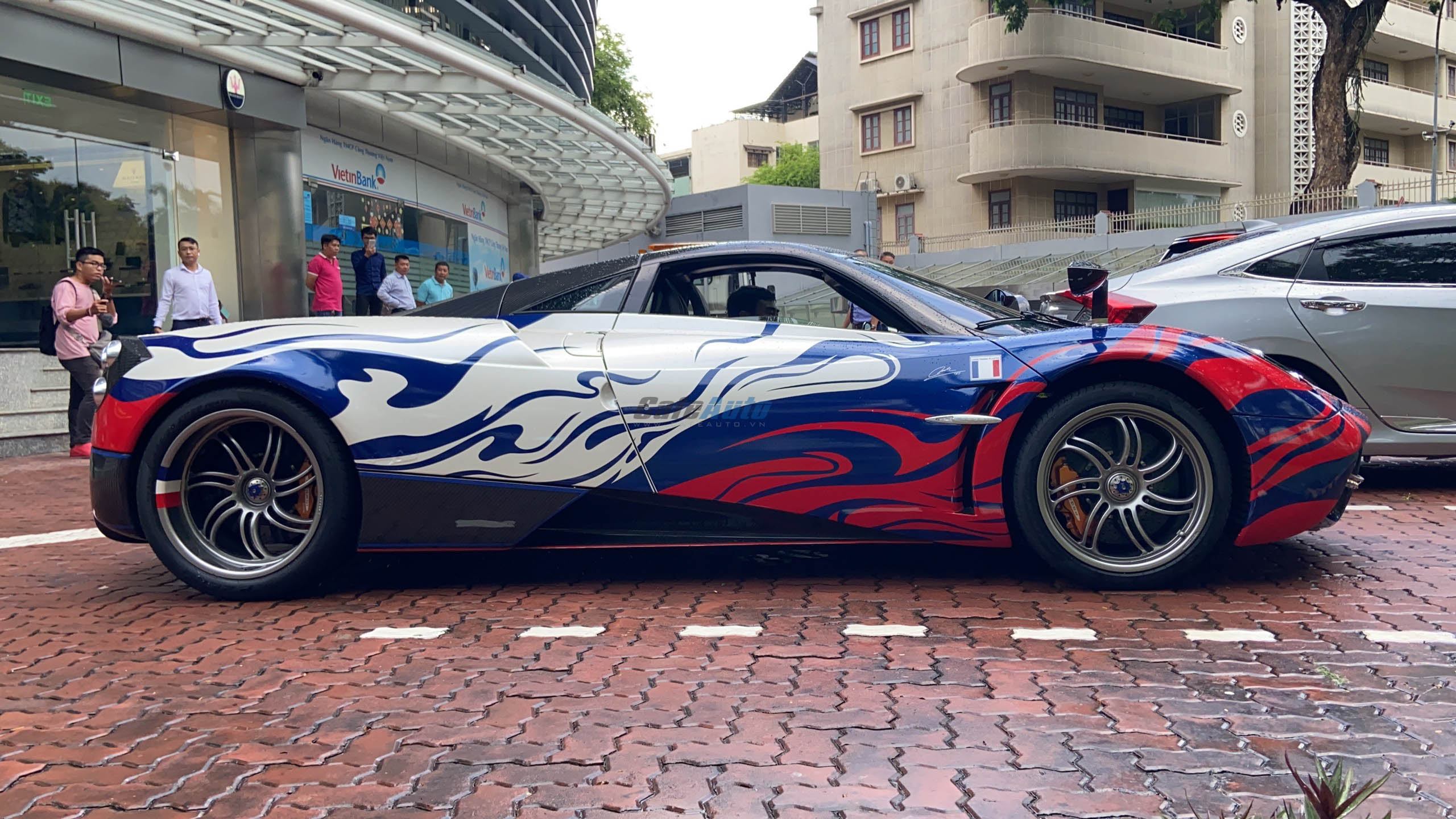 paganihuayra-cafeautovn-27