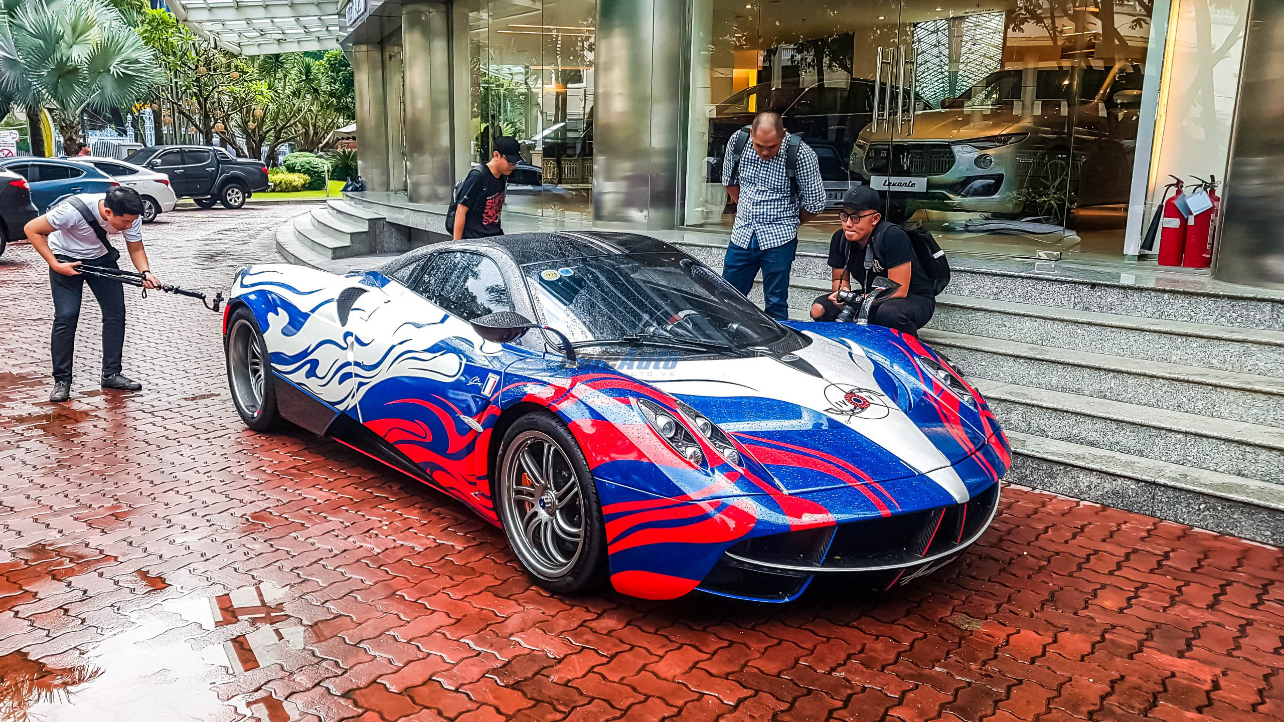 paganihuayra-cafeautovn-29