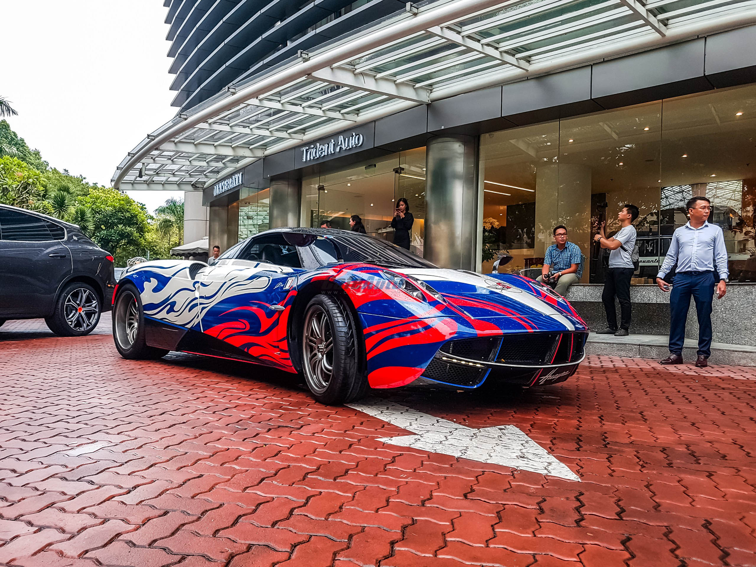 paganihuayra-cafeautovn-8