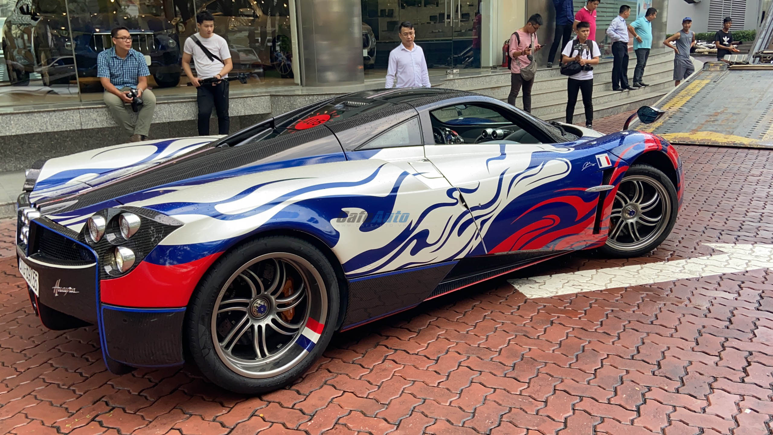 paganihuayra-cafeautovn-9