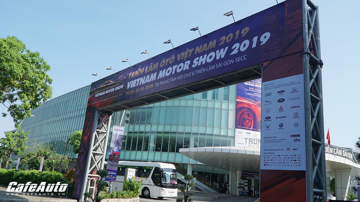 covid-19-bung-phat-trien-lam-vietnam-motor-show-2020-bi-huy-bo