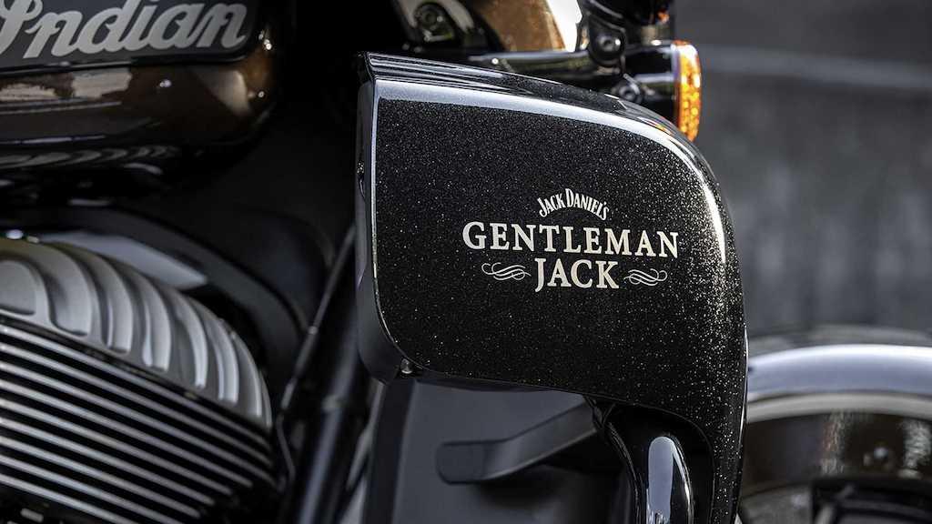 GentlemanJack-cafeautovn-3
