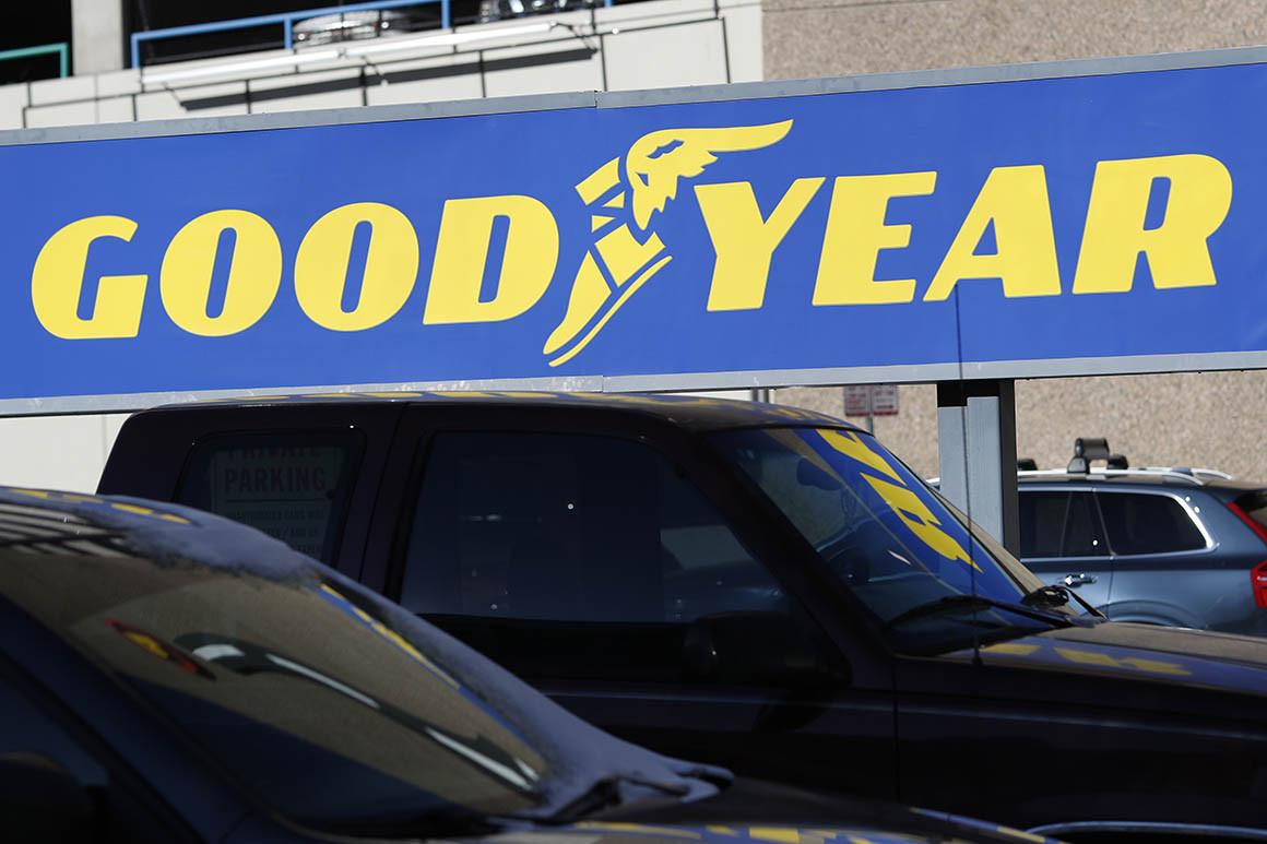 Tổng thống Mỹ Donald Trump kêu gọi tẩy chay lốp xe Goodyear