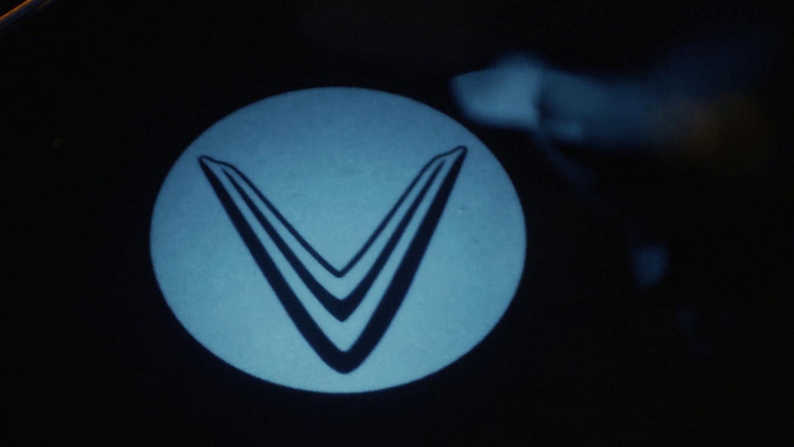 """Cuối cùng VinFast President cũng chịu """"khoe"""" nội thất, nhiều chi tiết hiện đại hơn LUX SA2.0"""