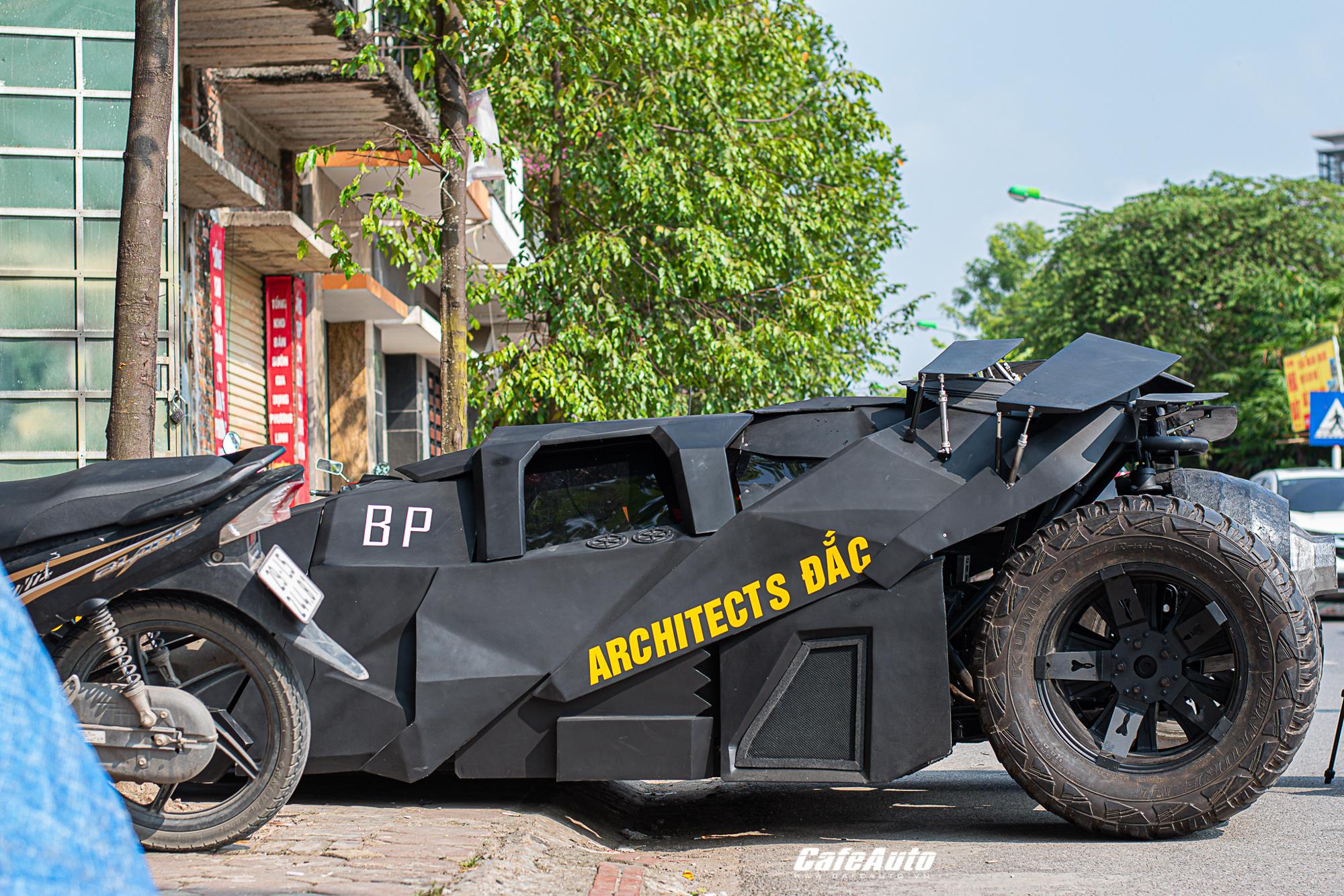 batmobiletuche-cafeautovn-10