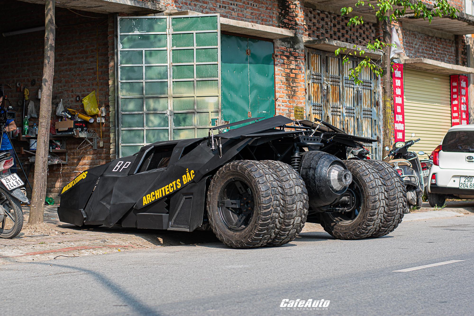 batmobiletuche-cafeautovn-22