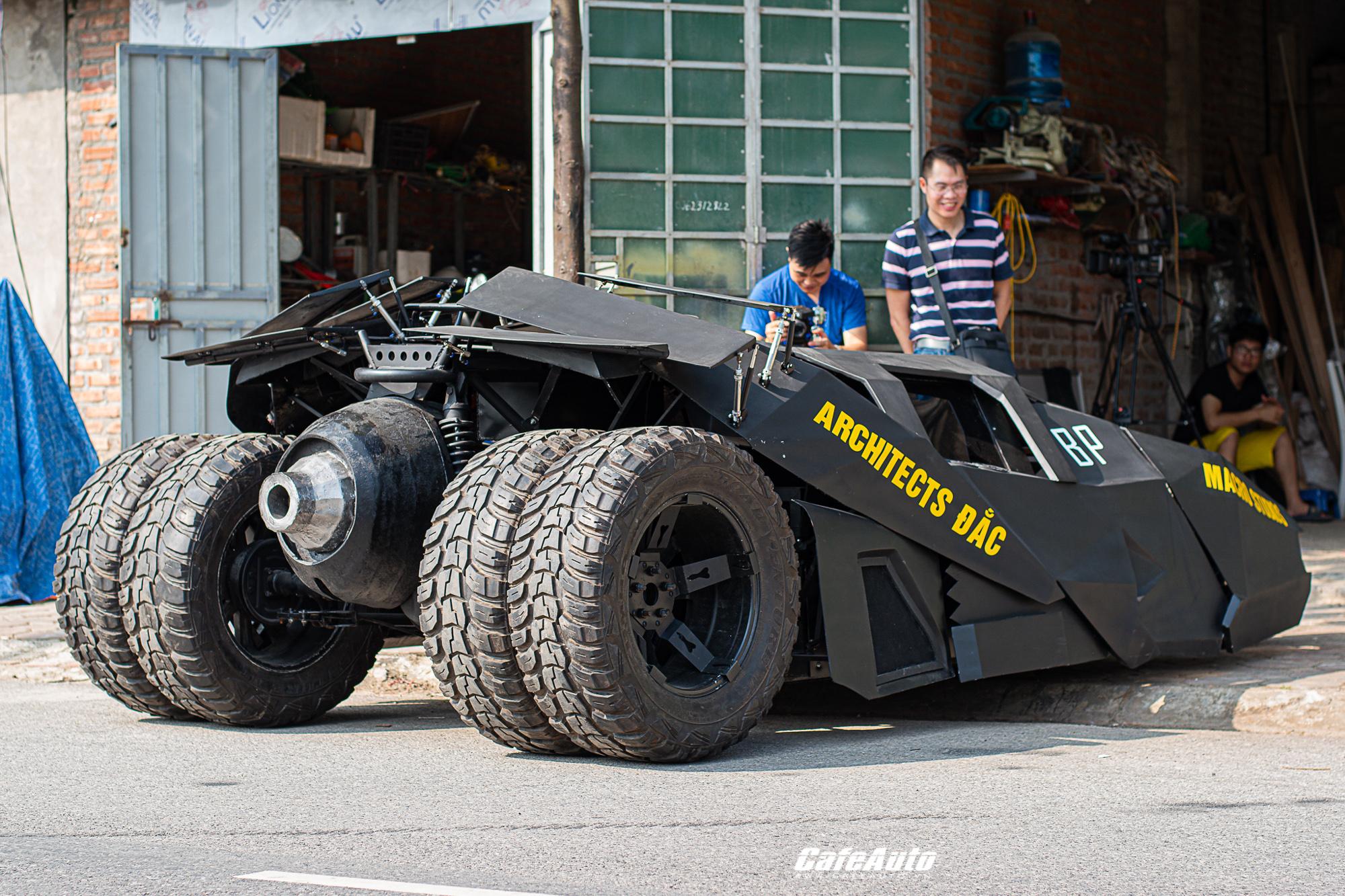 batmobiletuche-cafeautovn-8