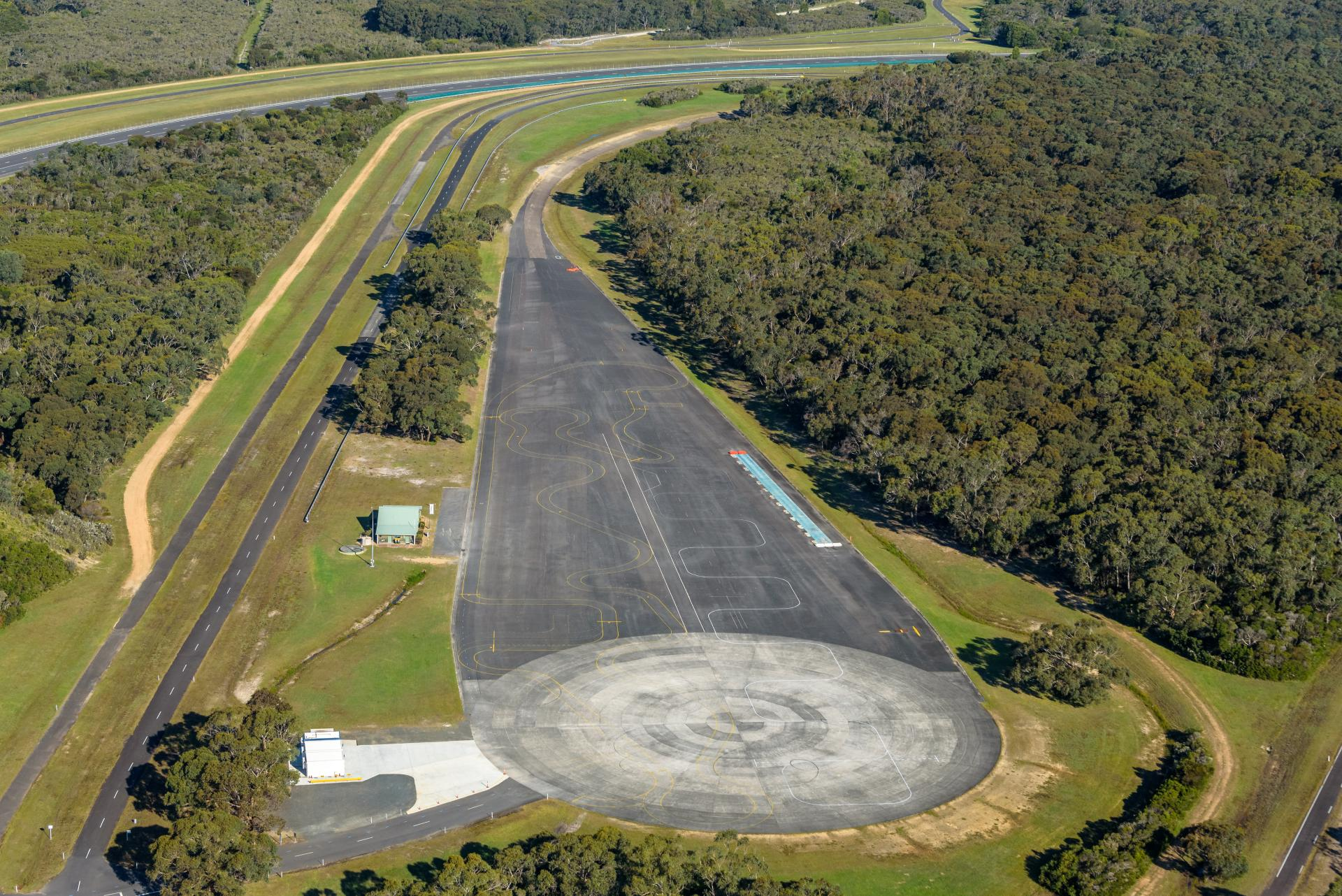 VinFast mua trung tâm thử nghiệm xe hơi của GM tại Úc, quyết tâm vươn mình ra thế giới