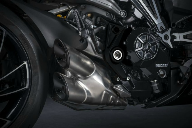Xdiavel-cafeautovn-3