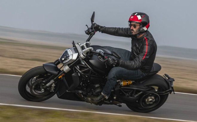 Xdiavel-cafeautovn-4