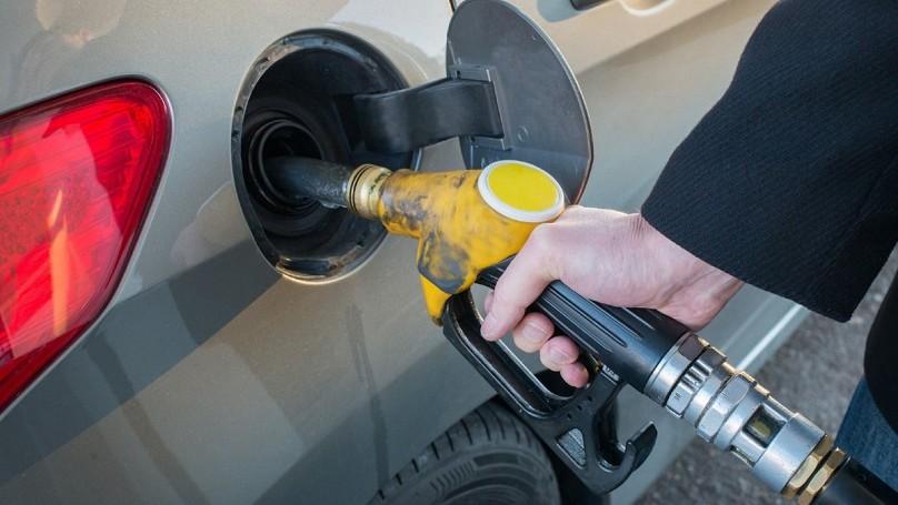 Những tác hại khôn lường từ thói quen đổ đầy bình xăng của các tài xế