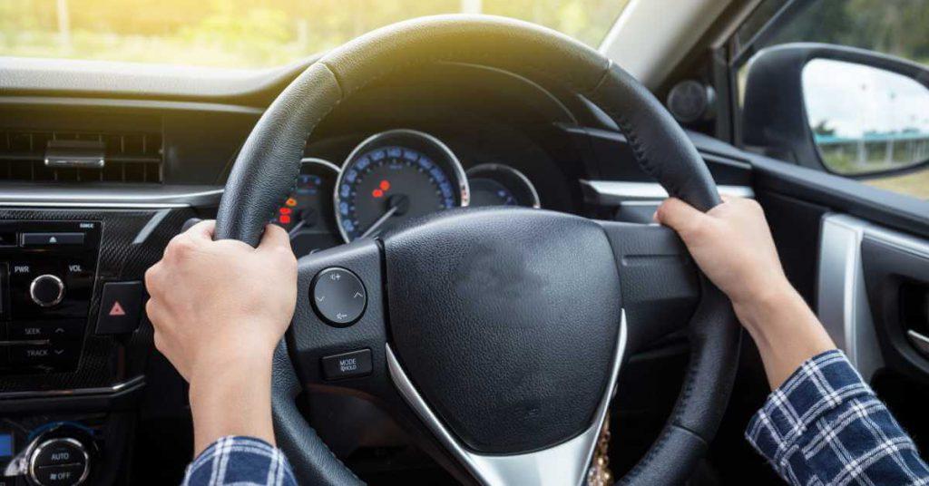 Chuyện gì sẽ xảy ra khi ô tô mất trợ lực lái?